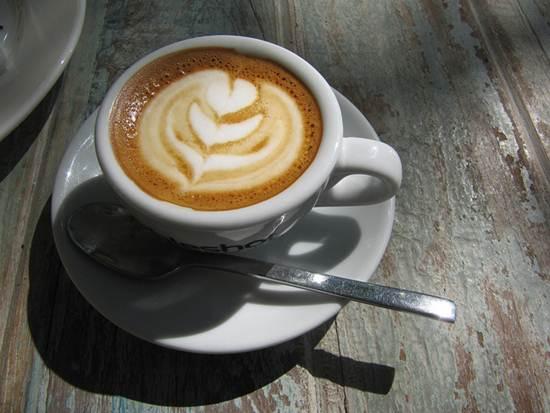 Café expresso com espuma de leite