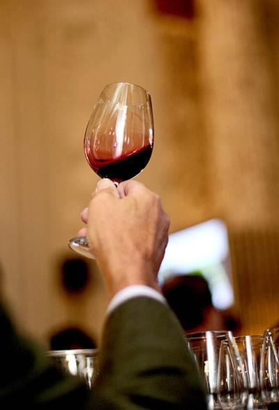 O vinho pode acompanhar desde os aperitivos até o prato principal