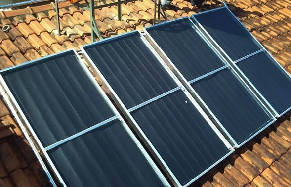 Aquecedor solar de custo elevado