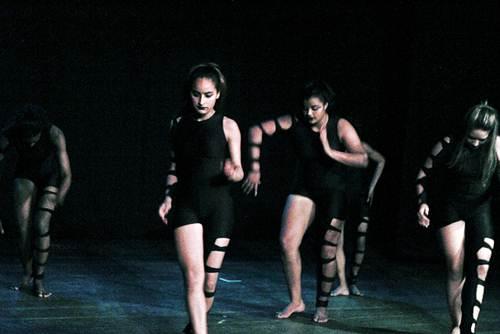 A dança e o teatro caminham juntos