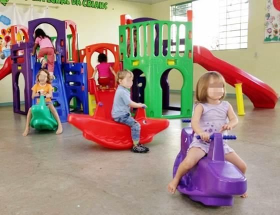 Para escolas que oferecem esino infantil a àrea da brincadeira deve ser preservada
