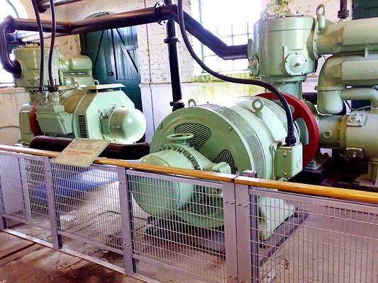 Compressor fixo, usado em indústrias
