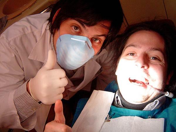Dentista e seu paciente