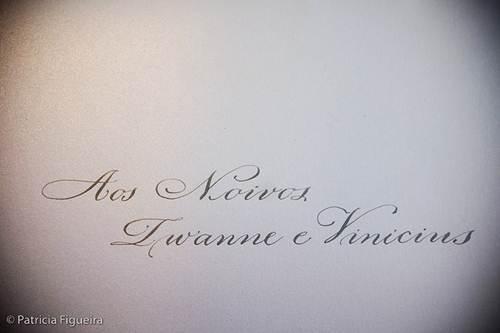 Caligrafia tradicional para convites de casamento