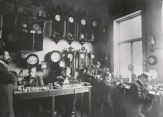 Relojoeiros e relógios
