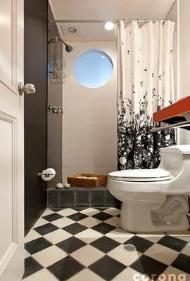 Banheiro revestido de porcelanato