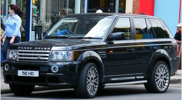 Em carros de celebridades são colocadas a película mais escura