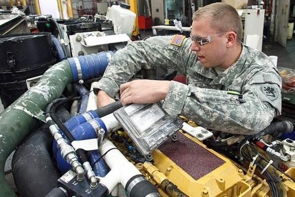Mecânico oficial do exército americano