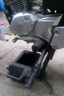 Troca de óleo em moto