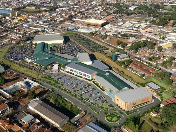 Vista aérea do Shopping Uberaba