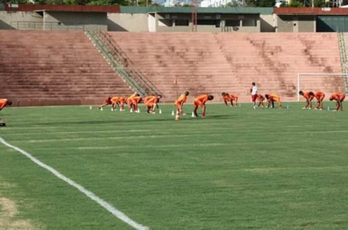 Treinos dos atletas do Uberaba Sport Clube no Estádio Uberaba - Foto Site Oficial do USC