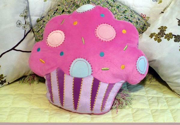 Almofada em formato de cupcake - Foto Flickr @Grife Cupcake